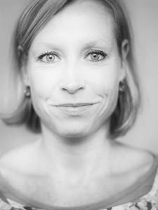 Nicole-Stelzner